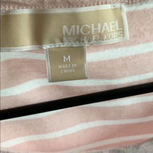 cute MK shirt !!